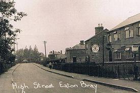 Eaton Bray High Street - Looking up from Woodside (click to view full photo)