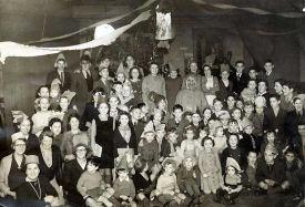 Christmas Party 1947, Edlesborough Memorial Hall (click to view full photo)