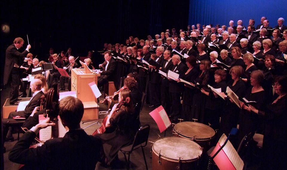 Danesborough Chorus performing Messiah