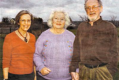 Helen Wilkinson (left) with Ellen and Mike Lewis